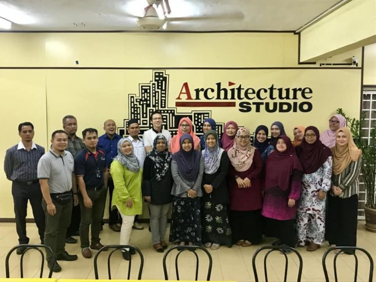 photo after completion of BIM Architecture Training by UTNM, the BIM Training and BIM Consultation provider.