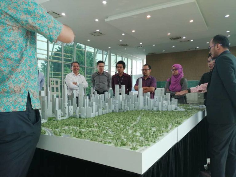 As one of the leading BIM consultant in Malaysia, UTNm is invited to Bandar Malaysia with JKR and CIDB.